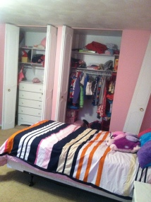 Please notice the dresser in the closet.