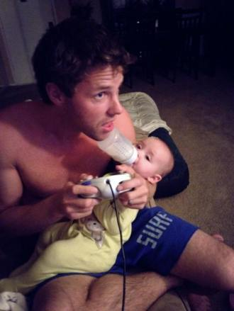 gamer-dads-and-their-babies-01